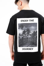 Lade das Bild in den Galerie-Viewer, Enjoy The Journey T-Shirt