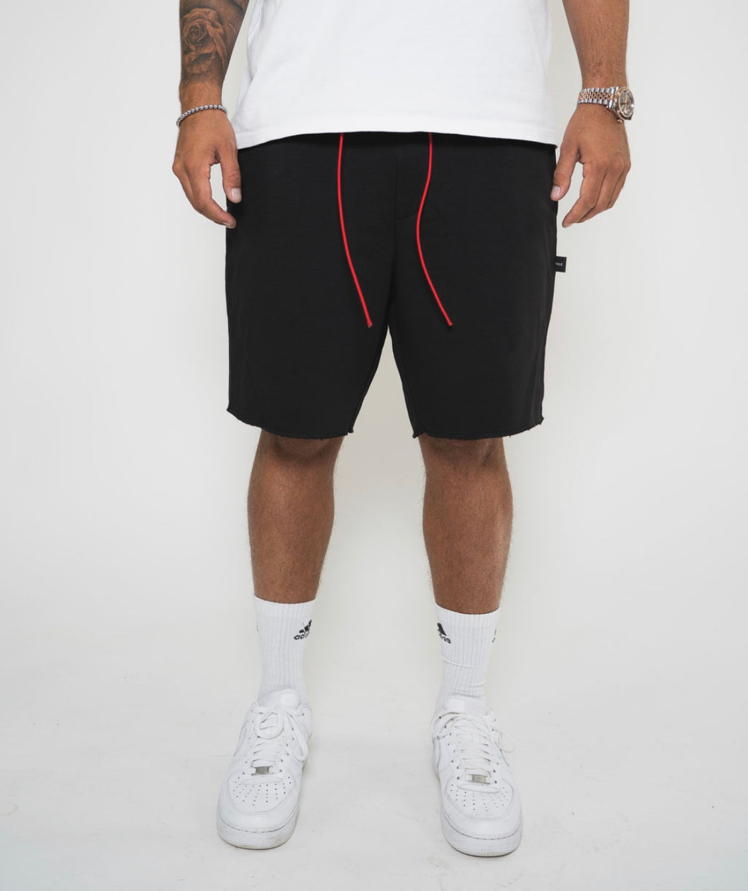 Ivoqué Shorts Black / Red