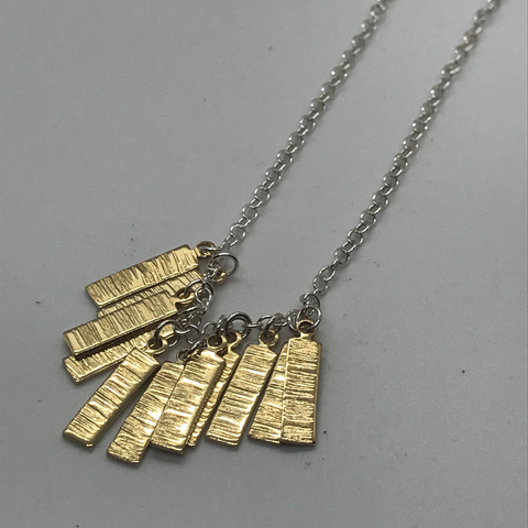 Hera Bar Necklace