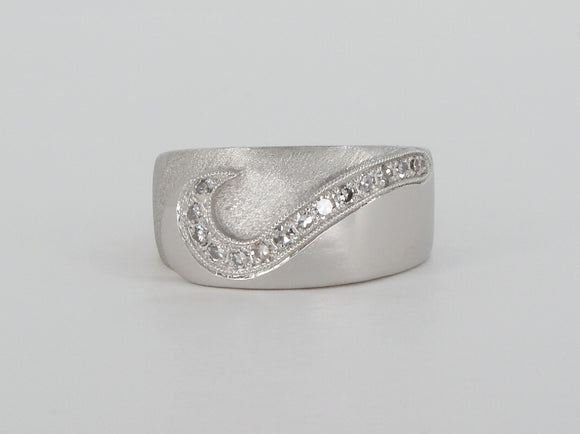 Platinum Diamond Ring Availabel at The Vault Fine Jewellery
