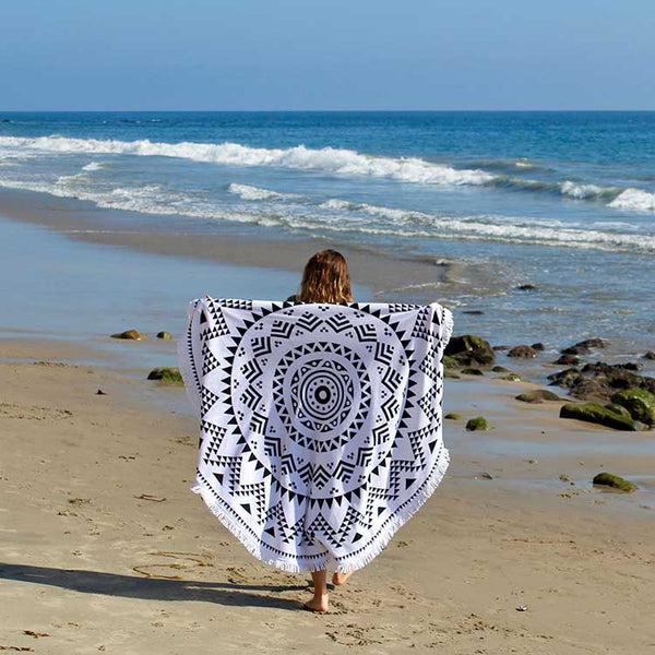 Seaside-Round-Towel-BigRock