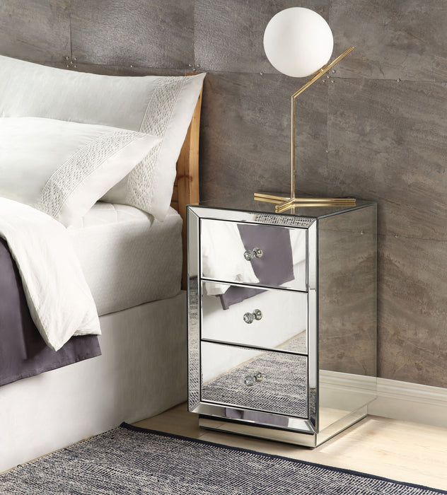 Nyoka Mirrored Accent Table image