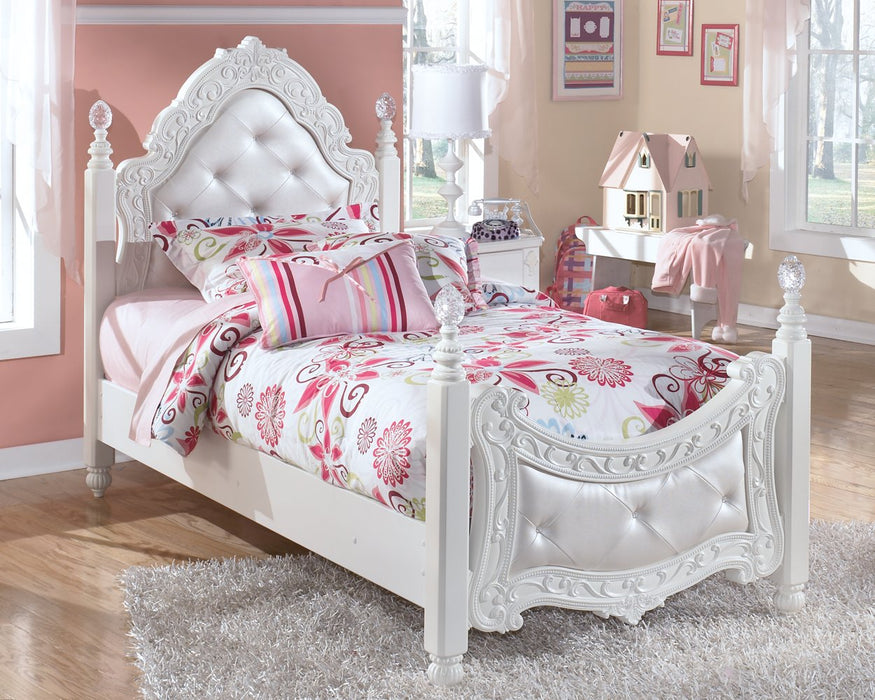 Exquisite Signature Design by Ashley White Twin Poster Bed