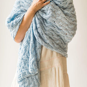 "Hand knitted throw ""Plaits"" blue 90x170 cm"