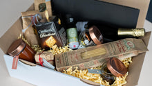 Lade das Bild in den Galerie-Viewer, Italian Food Box