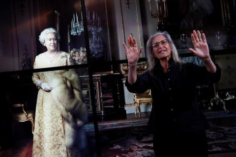 U.S. photographer Annie Leibovitz gestures during a press preview of her exhibition 'WOMEN: New Portraits' at Wapping Hydraulic Power Station in London, Britain January 13, 2016. REUTERS/STEFAN WERMUTH