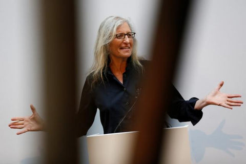 U.S. photographer Annie Leibovitz speaks to media during a press preview of her exhibition 'WOMEN: New Portraits' at Wapping Hydraulic Power Station in London, Britain January 13, 2016. REUTERS/STEFAN WERMUTH