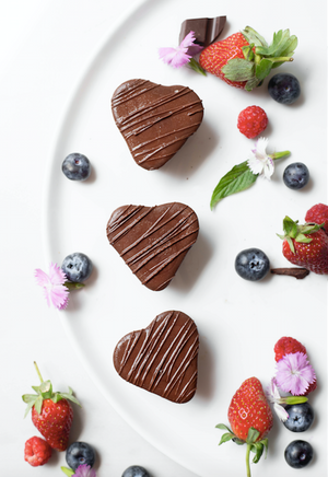 Load image into Gallery viewer, Chocolate & Berry Love Bite