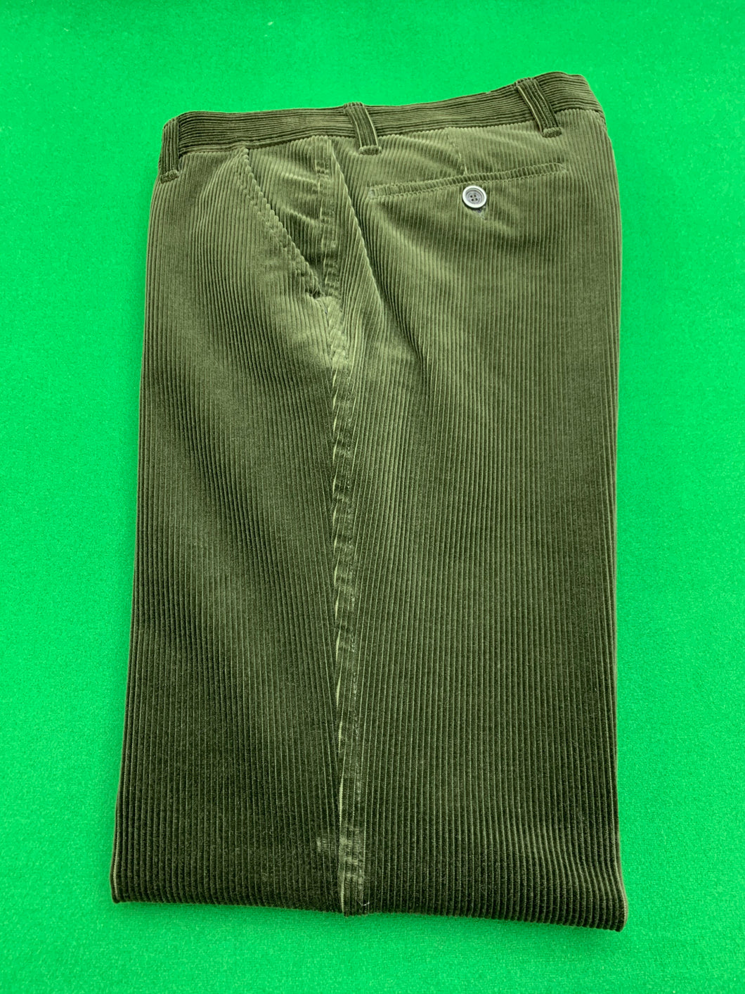 Jumbo Luxury Corduroys - GREEN