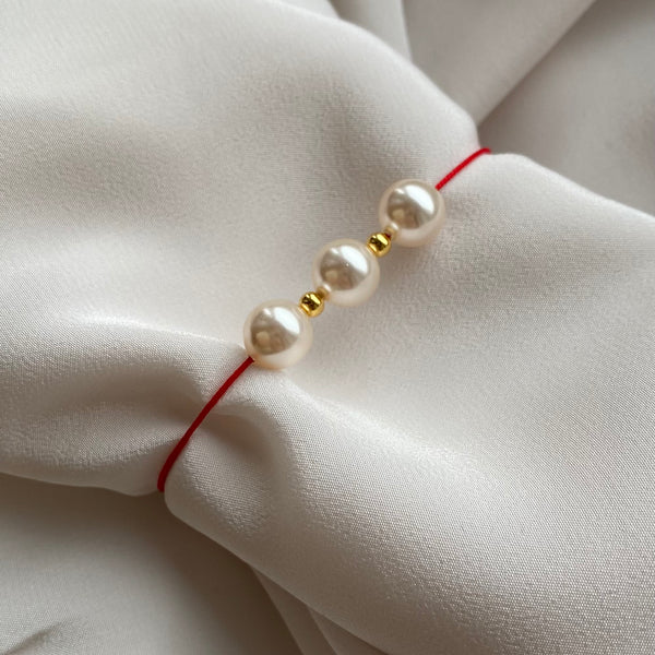 Brățară handmade Three Pearls