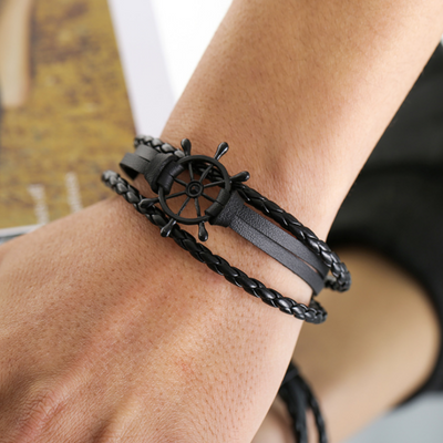 Peacocking Black Steering Wheel Black Leather Bracelet