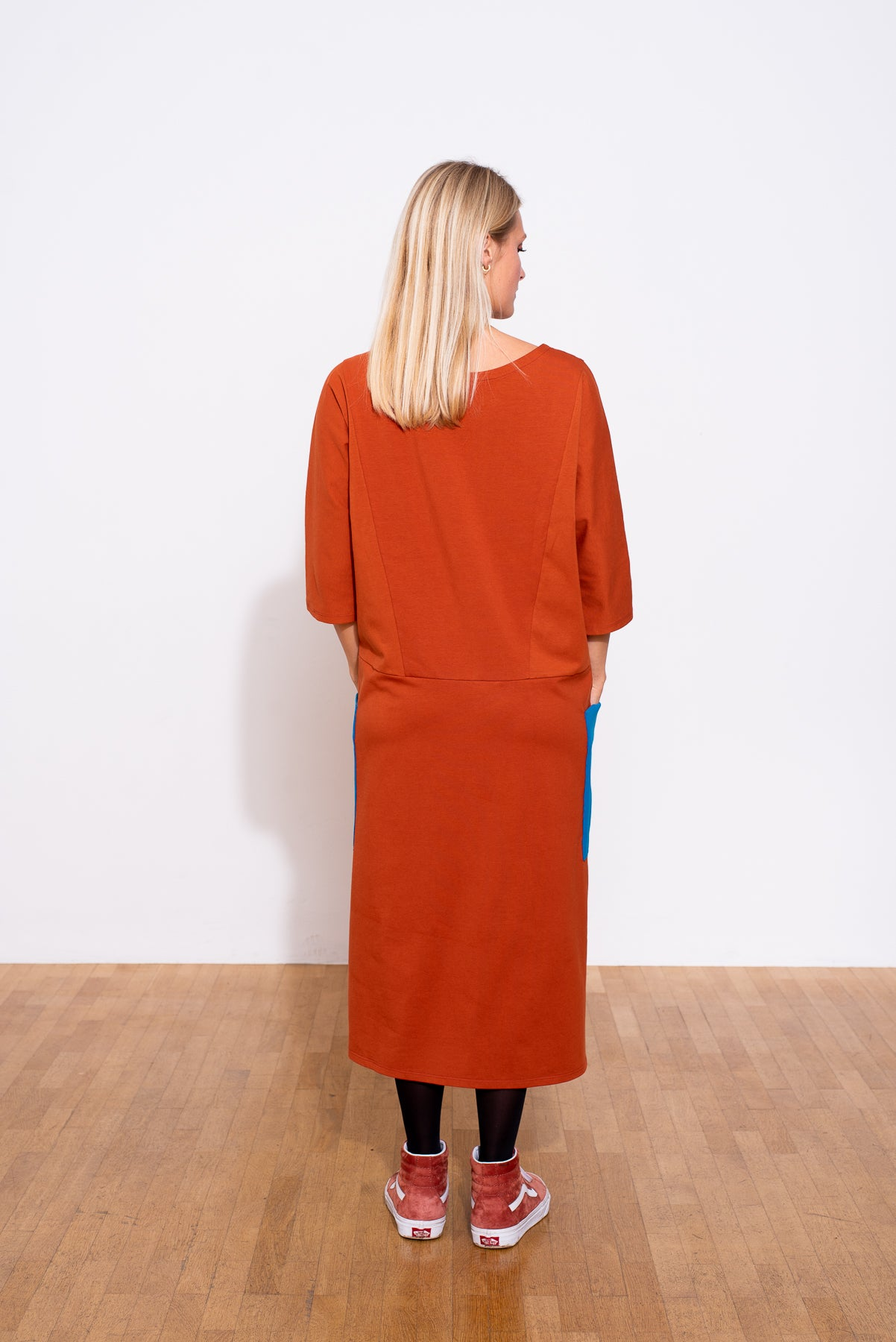 YYULI – Oversized-Kleid mit 7/8 Arm – Colour Blocking