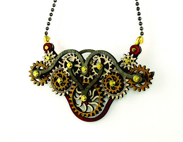 Kinetic Winged Gear Necklace 6004D