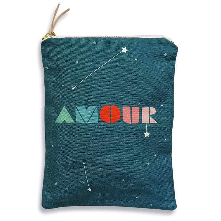 Amour Pouch