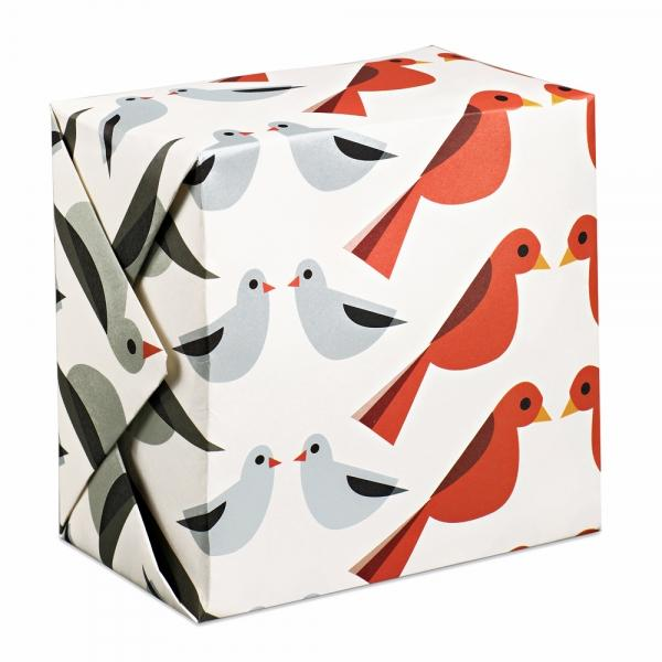 Birds Facing wrapping paper