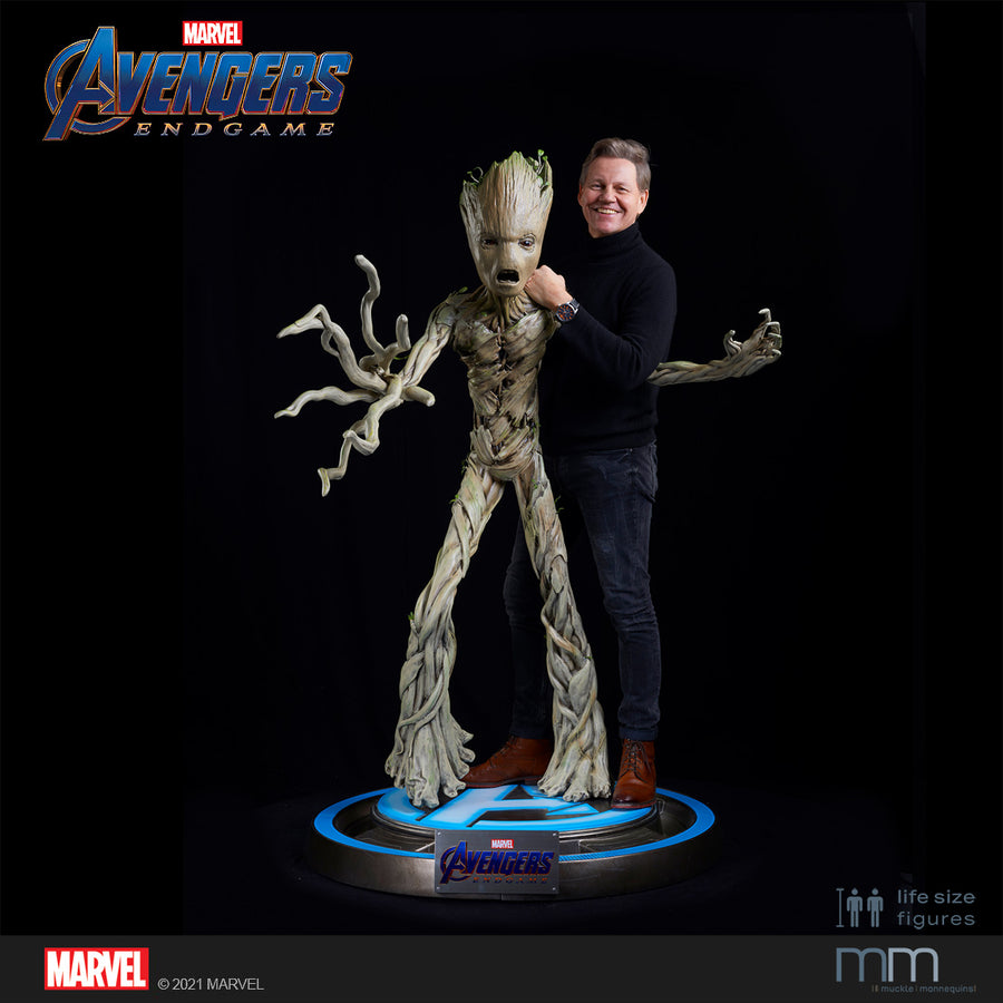 Life-Size Statue Groot Teenage Endgame mit Muckle