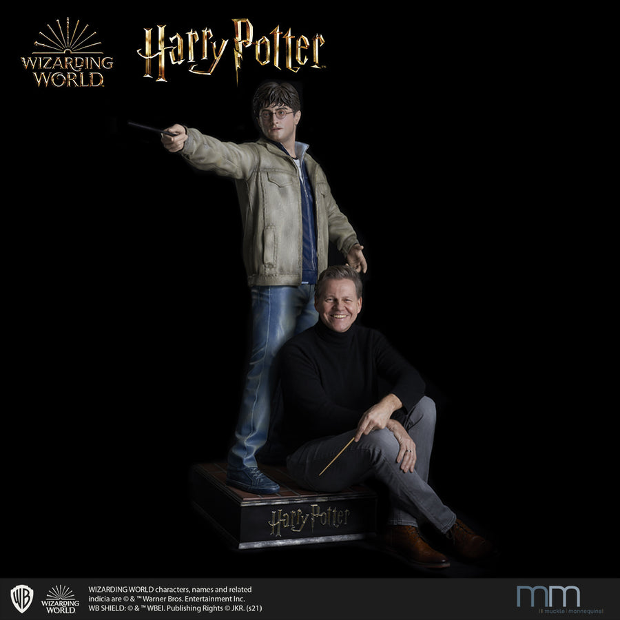 Life size statue Harry Potter mit M. Muckle