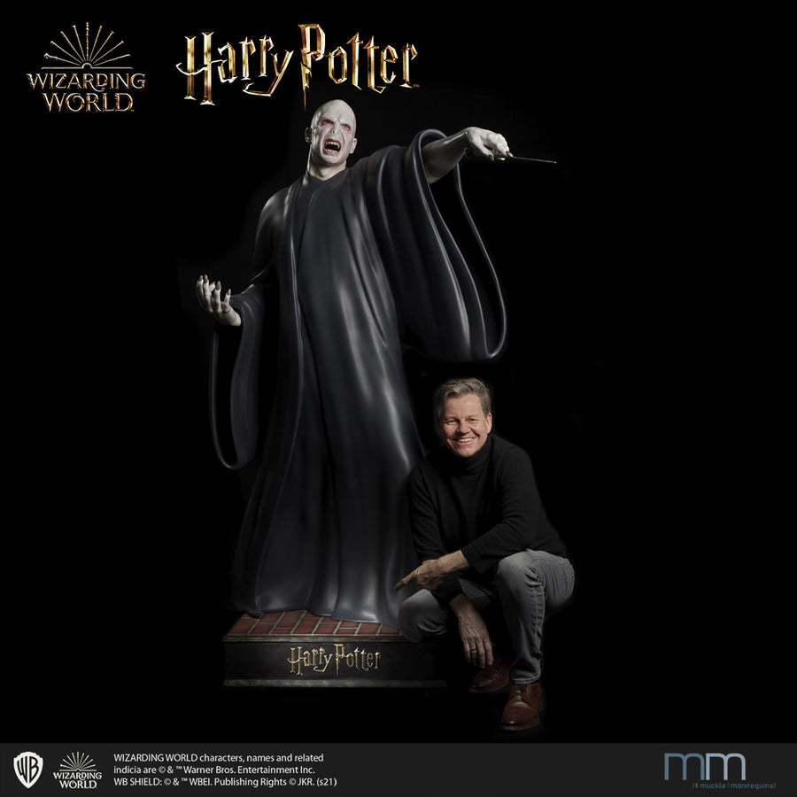 Life size statue Voldemort mit Muckle