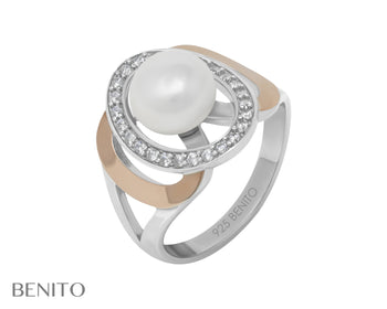 Fiamma Ring Pearl and White Fianit Stones