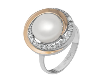 Margherita Ring Pearl and White Fianit Stones