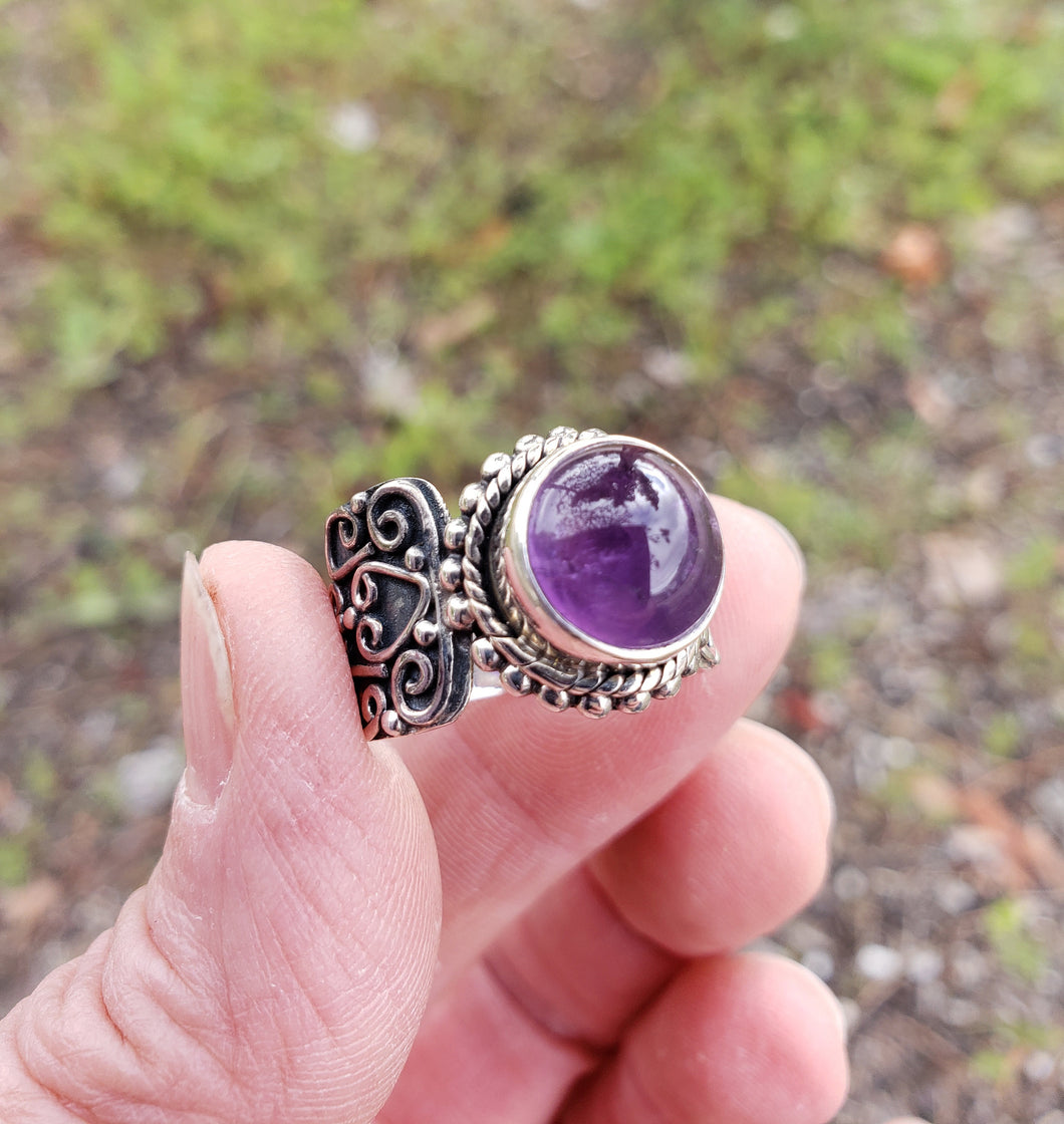 Size 7.75 Amethyst and Sterling Silver Ring
