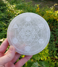 Load image into Gallery viewer, Metatron Cube Charging Plate