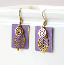 Load image into Gallery viewer, Patina Leaf Earrings