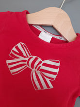 Load image into Gallery viewer, 3-6 months Red Bow Top - Jasper Conran