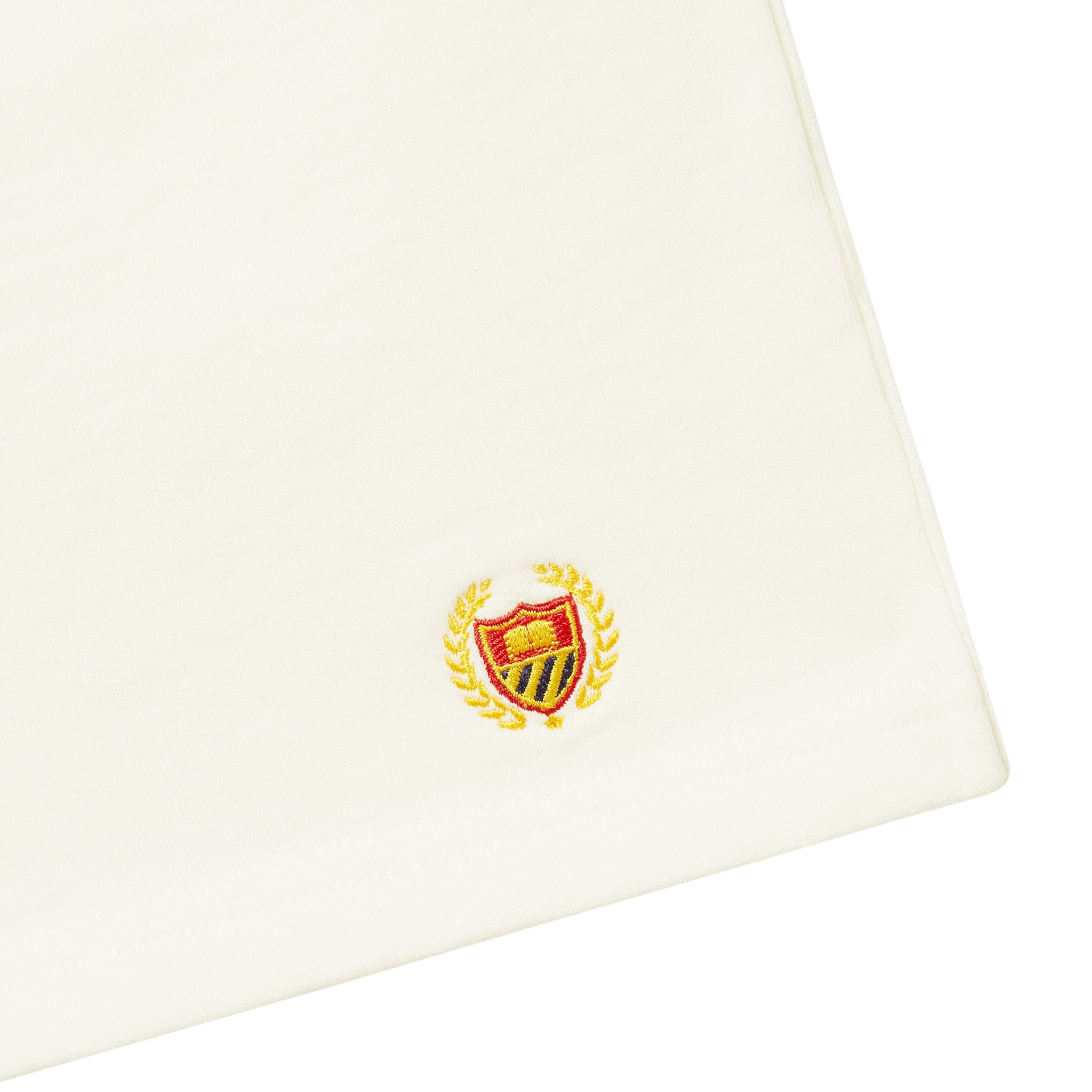Academy Crest Short - Notebook White