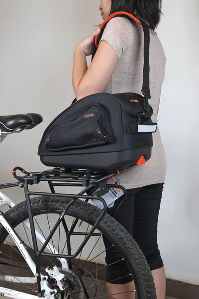 Multimount Bag come with a sling and quick clip-on mechanism for fast and east mounting and removal