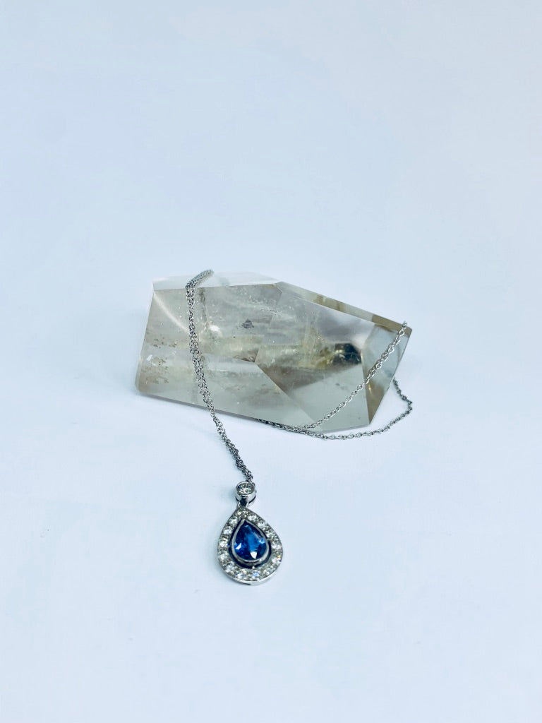 18 carat white gold Diamond and Sapphire Pendant and Chain