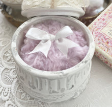 Load image into Gallery viewer, Large pink dusting powder puff - MerryBath.com