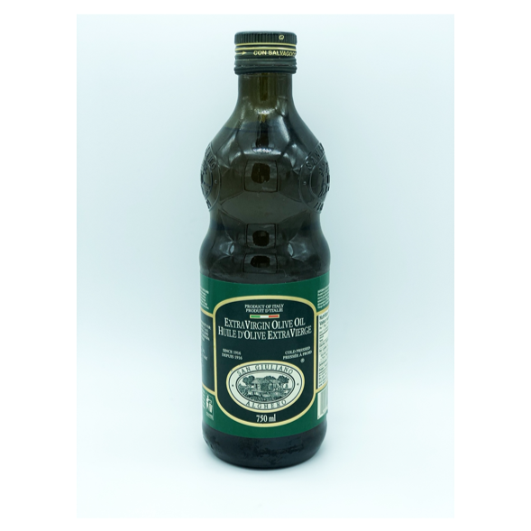 bottle of san Giuliano extra virgin olive oil