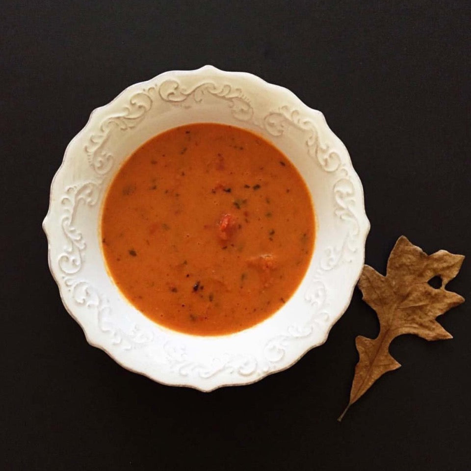 cooked bowl of tomato basil soup