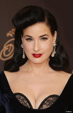 make up dita von teese