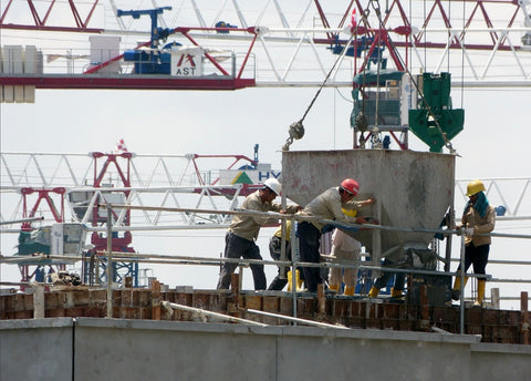 Ironworkers and riggers