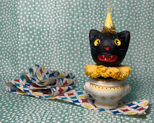 Load image into Gallery viewer, Kitty in a Cup Totem - Yellow