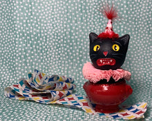 Load image into Gallery viewer, Kitty in a Cup Totem - Red Pink