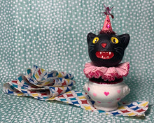 Load image into Gallery viewer, Kitty in a Cup Totem - Light Pink