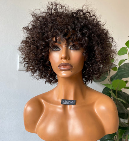 Curly wig with bang - On a budget!