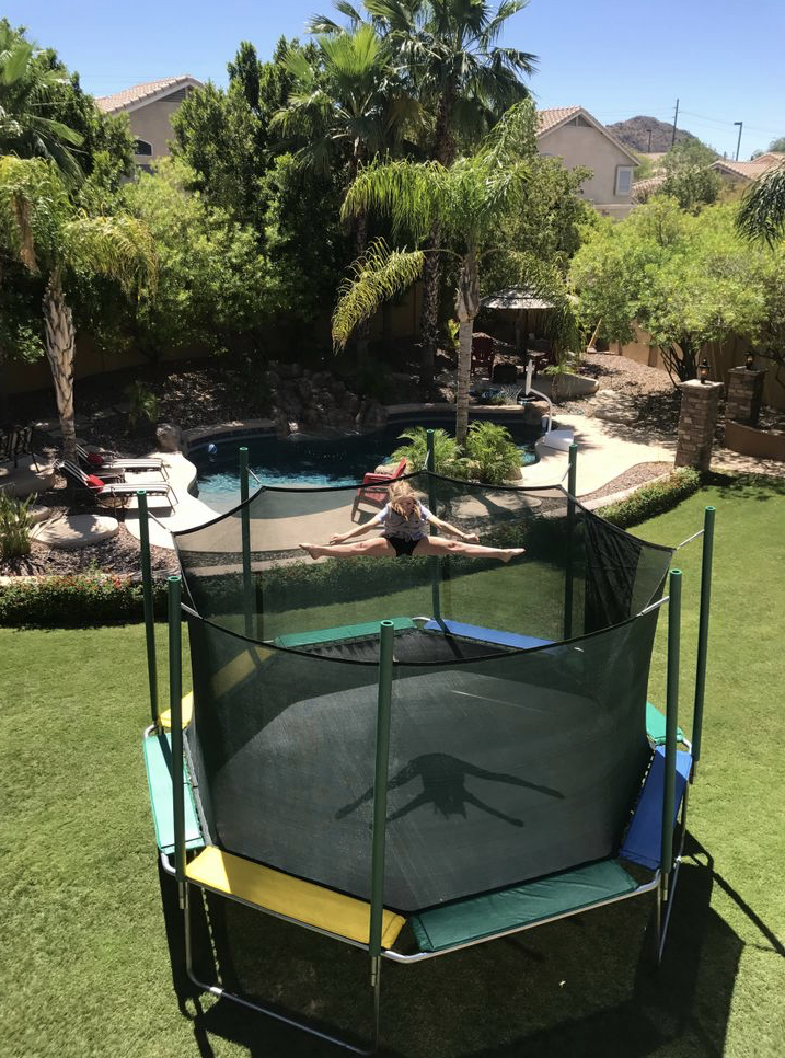 MAGIC CIRCLE TRAMPOLINE 16' OCTAGON MAGIC CAGE (MAGIC CANOPY SOLD SEPARATELY)