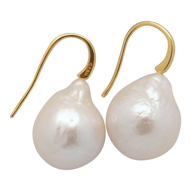 EDISON PEARL DROP (WHITE ON GOLD)