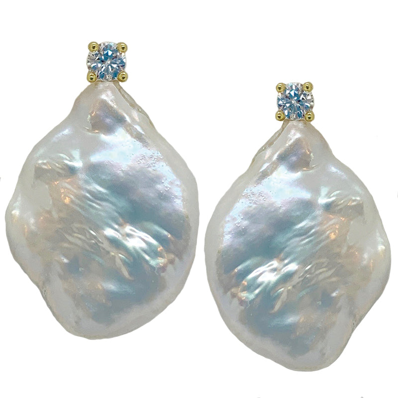 STONE PEARL/ CZ EARRING (WHITE ON GOLD)