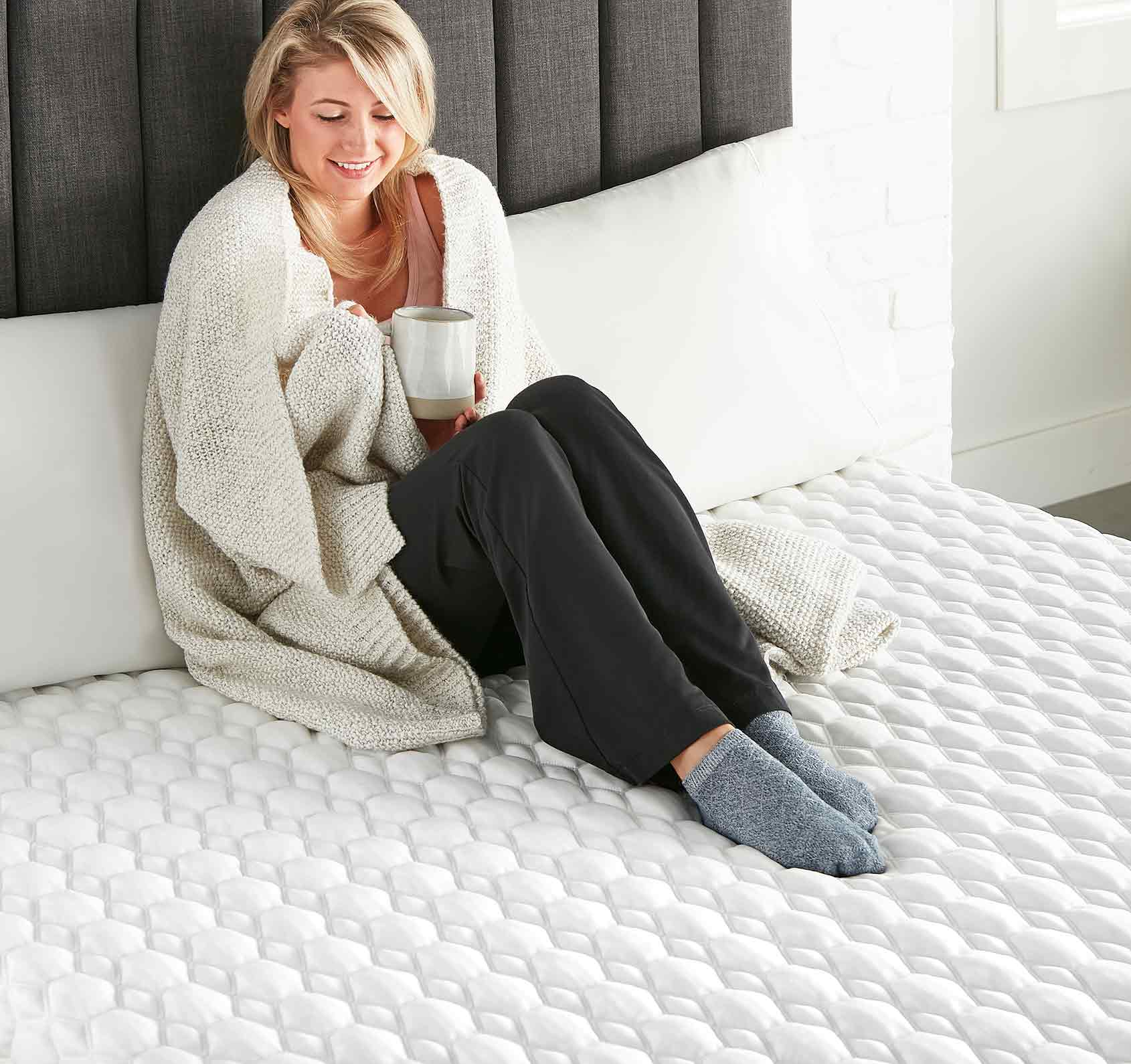 <hope signature collection, luxury and comfort, memory foam mattress, hybrid mattress, supportive mattress, made in the USA>