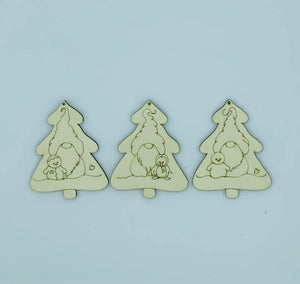 Festive ornament trio Out of the Wood
