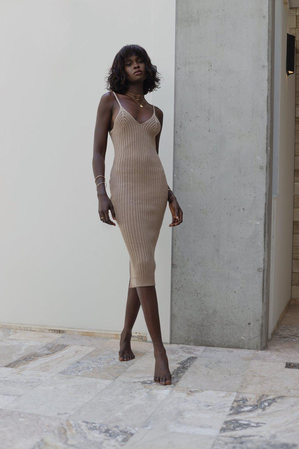 Sims Dress / Sand | Trois | Mad About The Boy