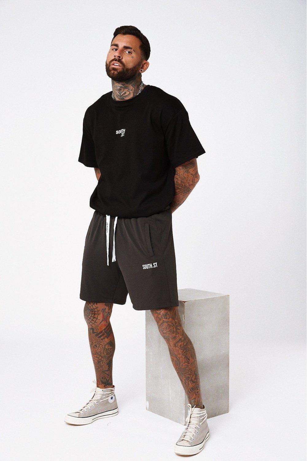 Net Shorts / Black | South St | Mad About The Boy