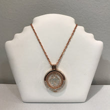 "Load image into Gallery viewer, Copper Tone Heart in Pendanr 28"" Necklace"