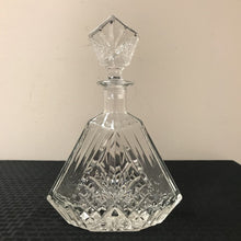 Load image into Gallery viewer, Crystal Decanter