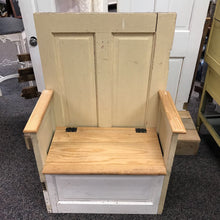 Load image into Gallery viewer, Door Bench with Storage (49x34x19)